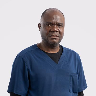 Dr Alexander Akinboye