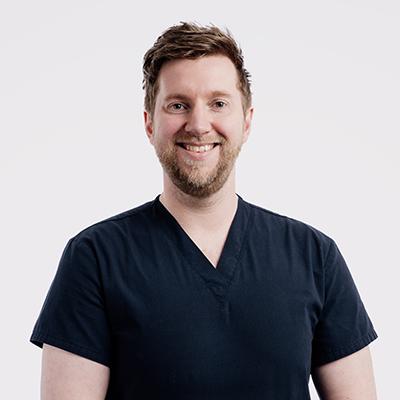 Dr Andy J Brodie